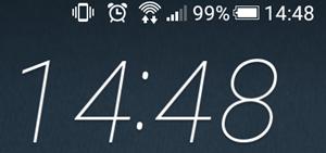 スマートフォンの電池残量99%